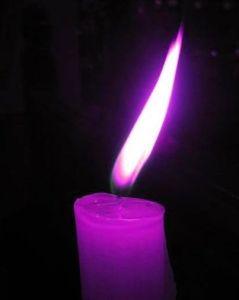 Bougie violette